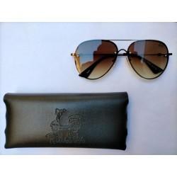 Gafas de sol marrón