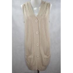 Jersey lana sin manga con bolsillo talla G.